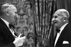 Mises_and_Hayek_1.jpg