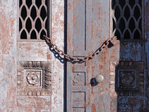 Chained_doors.jpg