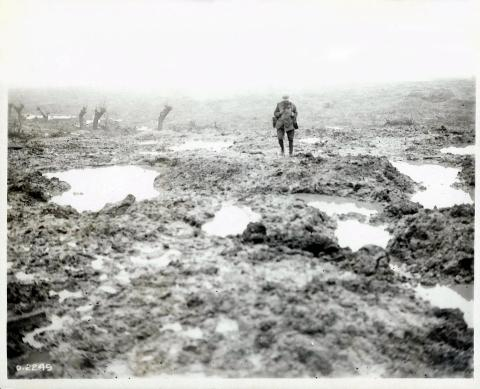 Second_Battle_of_Passchendaele_-_Field_of_Mud.jpg