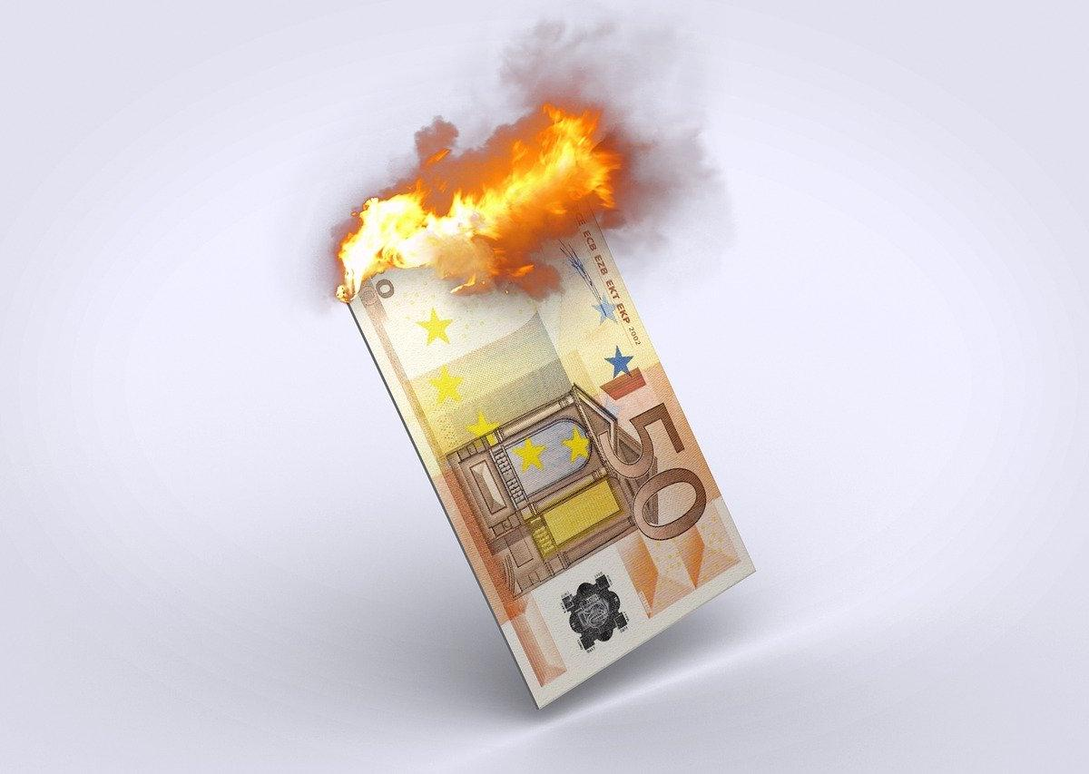 Monetary Competition: The Best Alternative to Razing Central Banks to the Ground