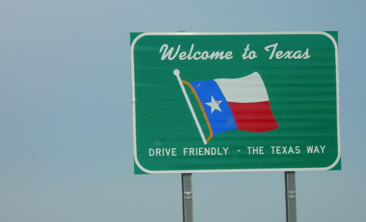 Texas Says It Can Enforce Immigration Restrictions. Texas Is Right